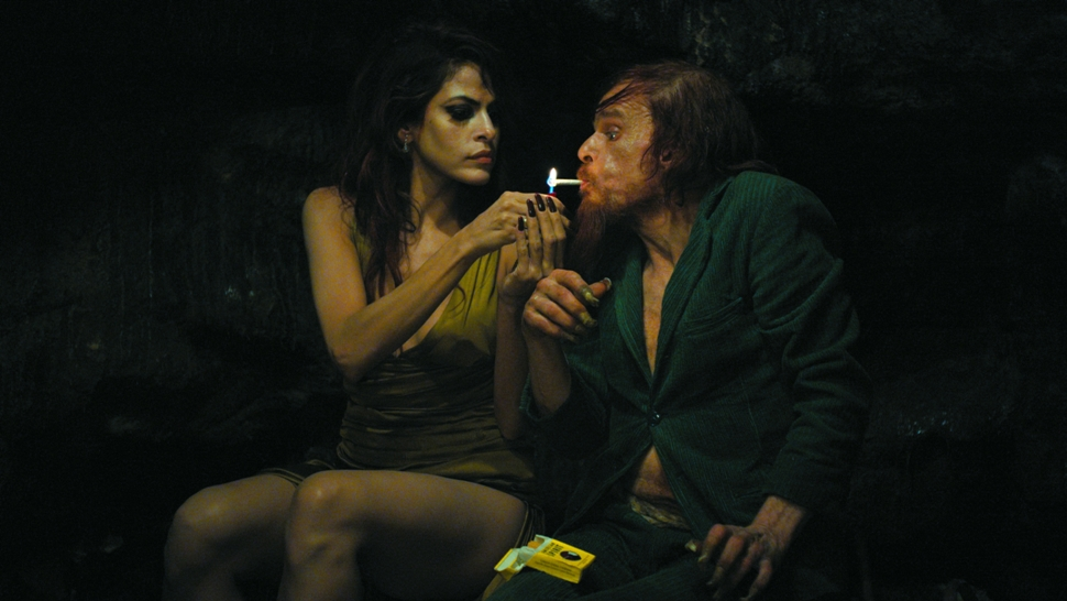 Holy Motors02rs