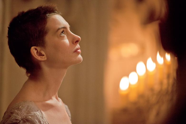 Les_Miserables_Sefiller-Anne-Hathaway