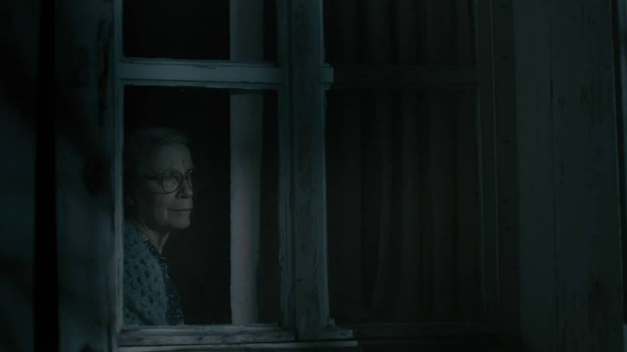 Evdeki-Yabancilar-Strangers-in-the-House-movie-film